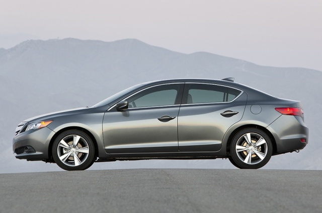 2013 Acura  ILX Picture