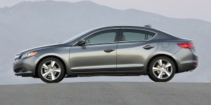 2013 Acura ILX Reviews / Specs / Pictures / Prices