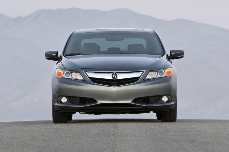 2014 Acura ILX Sedan 2.0 Picture
