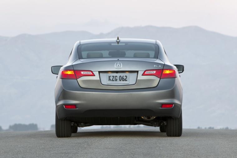 2015 Acura ILX Sedan 2.0 Picture