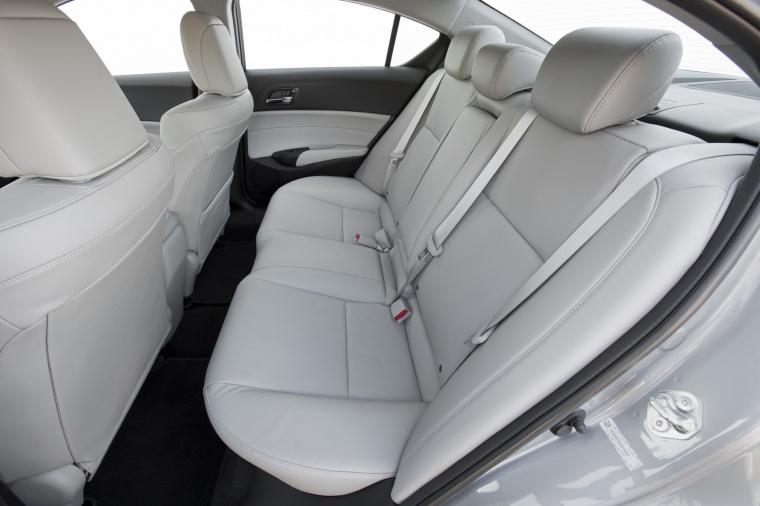 2016 Acura ILX Sedan Rear Seats Picture