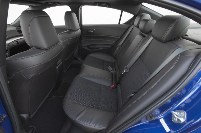 2017 Acura ILX Sedan Rear Seats Picture