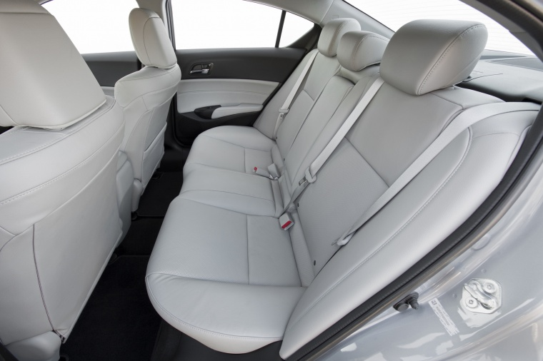 2017 Acura ILX Sedan Rear Seats Picture