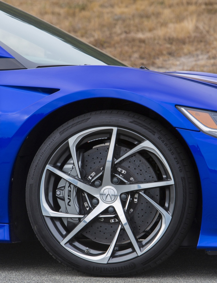 2017 Acura NSX Sport Hybrid SH-AWD Rim Picture