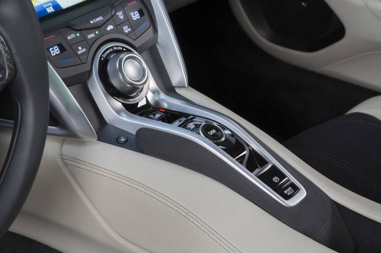 2017 Acura NSX Sport Hybrid SH-AWD Center Console Picture