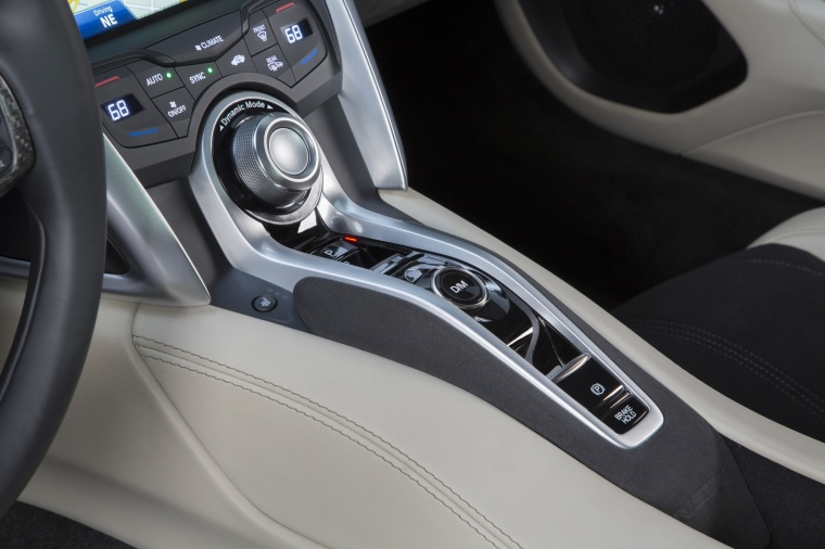 2018 Acura NSX Sport Hybrid SH-AWD Center Console Picture