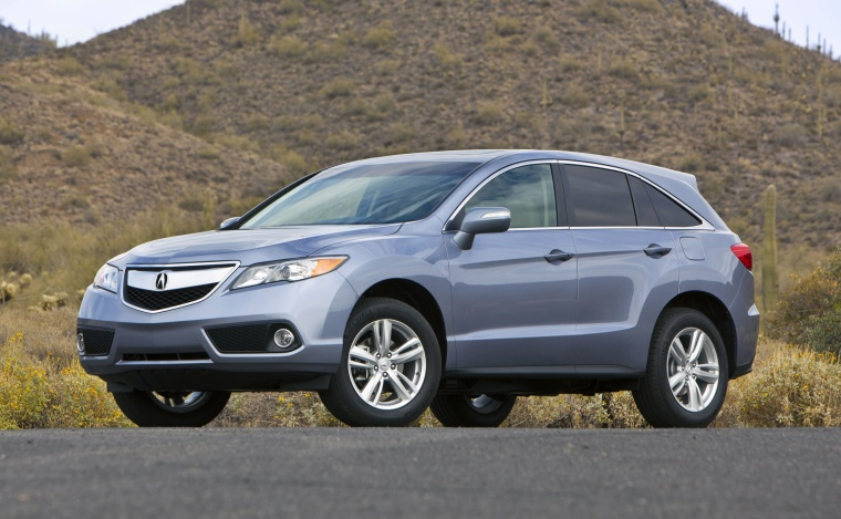 2013 Acura RDX in Forged Silver Metallic Color - Static - Front Three-quarter View Picture   Image
