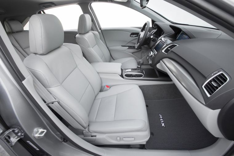 2017 Acura RDX AWD Front Seats in Grey