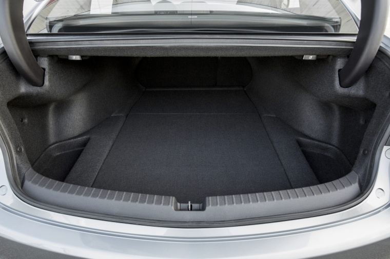 2017 Acura TLX V6 SH-AWD Trunk Picture