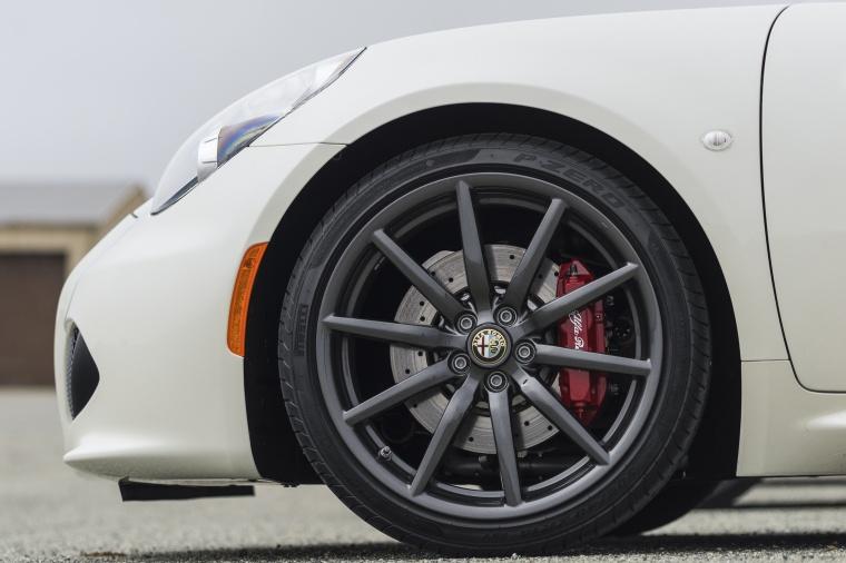 2015 Alfa Romeo 4C Spider Rim Picture