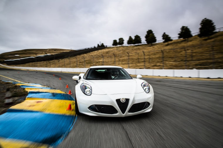 2017 Alfa Romeo 4C Coupe Picture