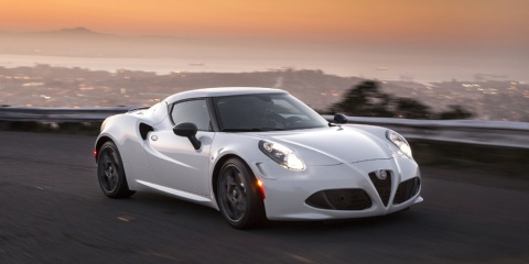 2017 Alfa Romeo 4C Coupe Review