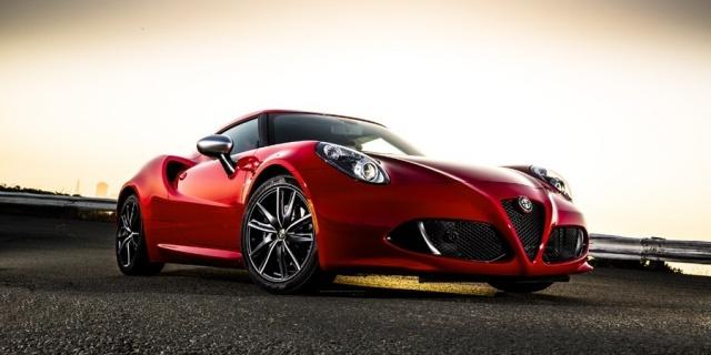 2018 Alfa Romeo 4C Pictures