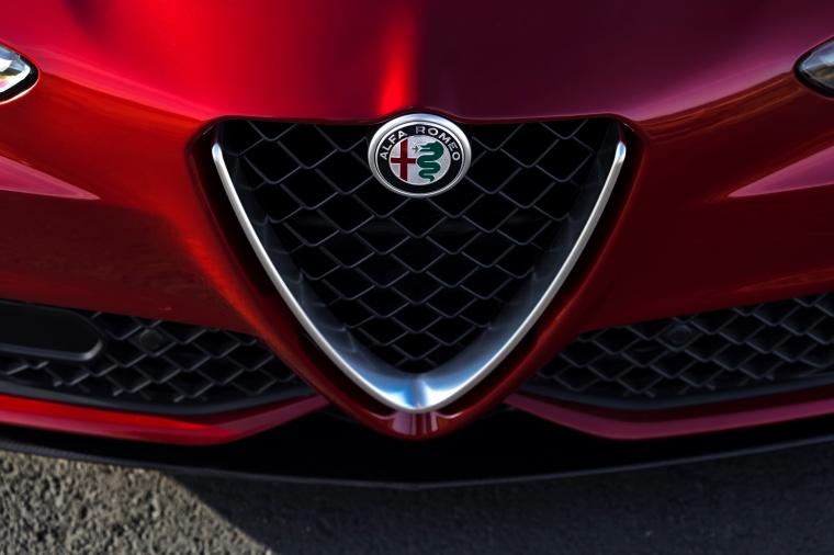 2017 Alfa Romeo Giulia Quadrifoglio Scudetto Picture