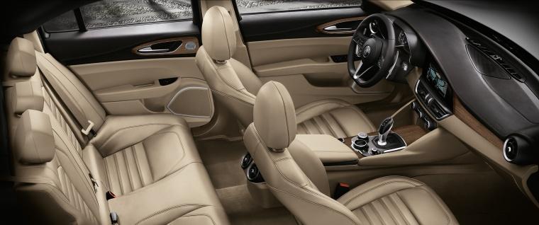 2017 Alfa Romeo Giulia Interior Picture