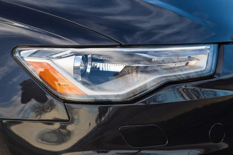 2018 Audi A6 2.0T quattro Sedan Headlight Picture