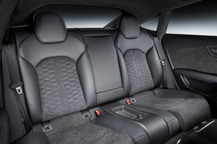 2017 Audi RS7 Sportback Rear Seats Picture