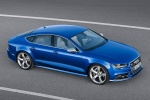 2017 Audi S7 Sportback in Sepang Blue Pearl Effect - Status Front Right  Three-quarter Top View