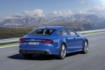2017 Audi RS7 Sportback in Sepang Blue Pearl Effect - Status Rear Right View
