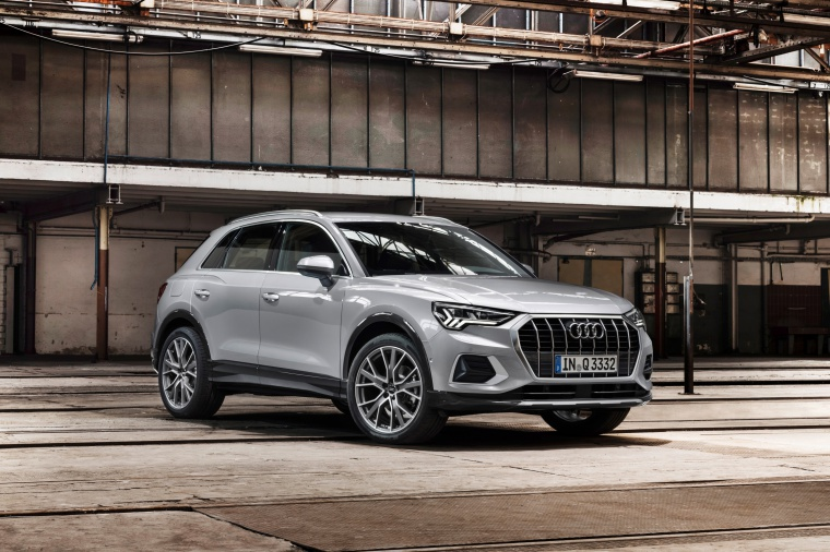 2020 Audi Q3 45 quattro in Florett Silver Metallic from a front right view
