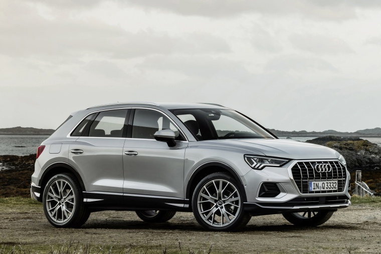 2020 Audi Q3 45 quattro in Florett Silver Metallic from a front right three-quarter view