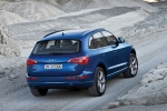 2012 Audi Q5 3.2 Quattro in Moonlight Blue Metallic - Static Rear Right View