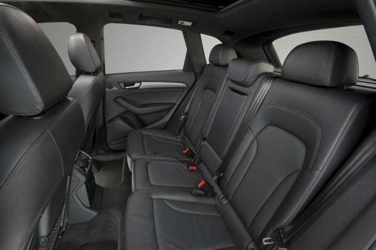 2016 Audi Q5 3.0T Quattro S-Line Rear Seats Picture