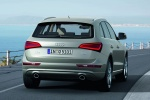 2016 Audi Q5 2.0 TFSI Quattro in Cuvee Silver Metallic - Driving Rear Right View