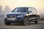 2016 Audi SQ5 Quattro in Scuba Blue Metallic - Static Front Left View