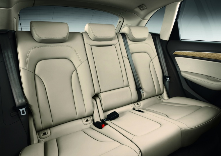 2017 Audi Q5 2.0 TFSI Quattro Rear Seats Picture