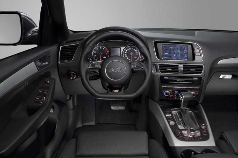 2017 Audi Q5 3.0T Quattro S-Line Cockpit Picture