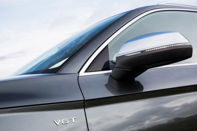 2018 Audi SQ5 quattro Door Mirror Picture
