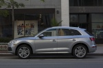 Picture of a 2018 Audi Q5 quattro in Florett Silver Metallic from a left side perspective