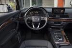 Picture of a 2018 Audi Q5 quattro's Cockpit