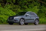 Picture of a driving 2018 Audi SQ5 quattro in Daytona Gray Pearl Effect from a front left three-quarter perspective