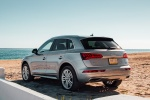 Picture of a 2018 Audi Q5 quattro in Florett Silver Metallic from a rear left perspective