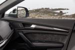Picture of a 2018 Audi SQ5 quattro's Door Panel