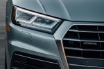 Picture of a 2019 Audi Q5 quattro's Headlight