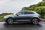 Picture of a 2019 Audi SQ5 quattro in Daytona Gray Pearl Effect from a side perspective