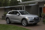 Picture of a 2020 Audi Q5 45 TFSI quattro in Florett Silver Metallic from a front right three-quarter perspective