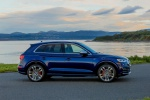 Picture of a 2020 Audi SQ5 quattro in Navarra Blue Metallic from a right side perspective