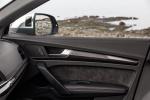 Picture of a 2020 Audi SQ5 quattro's Door Panel