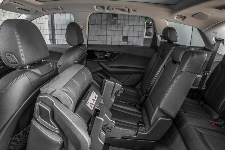 2018 Audi Q7 3.0T quattro Rear Seats Folded Picture