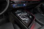 Picture of a 2018 Audi Q7 3.0T quattro's Center Console