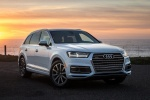 Picture of a 2018 Audi Q7 3.0T quattro in Glacier White Metallic from a front right perspective