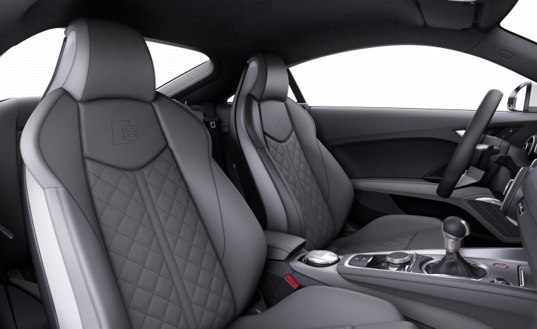 2018 Audi TTS Coupe Front Seats Picture