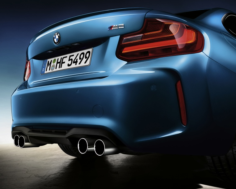 2017 BMW M2 Coupe Rear Fascia Picture