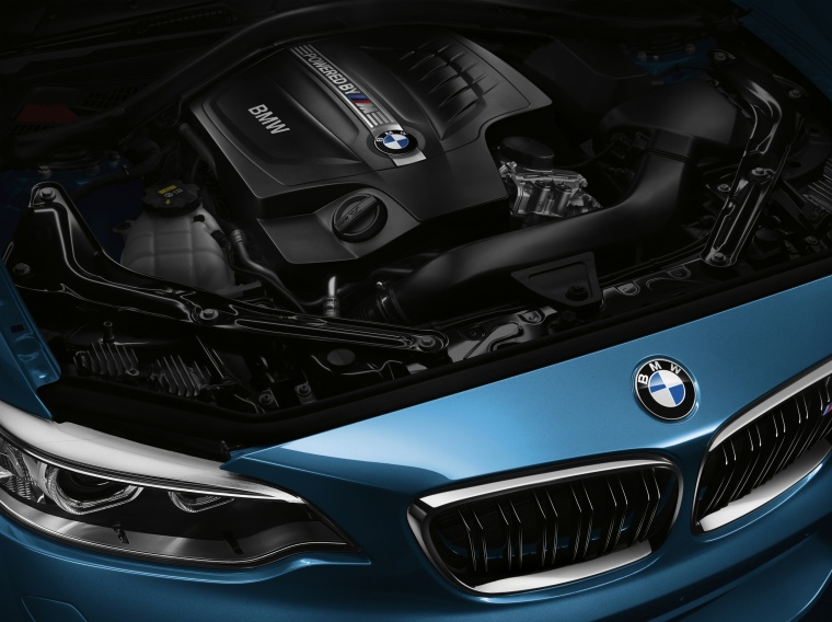 2017 BMW M2 Coupe 3.0-liter Inline-6 turbocharged Engine