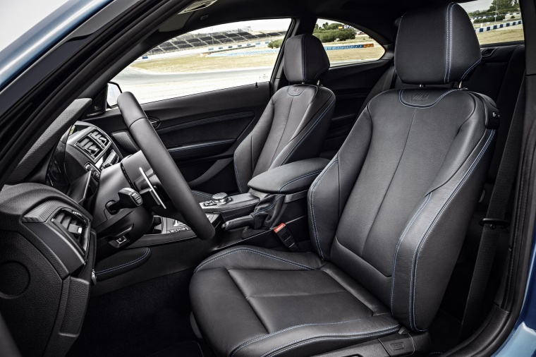 2017 BMW M2 Coupe Front Seats Picture