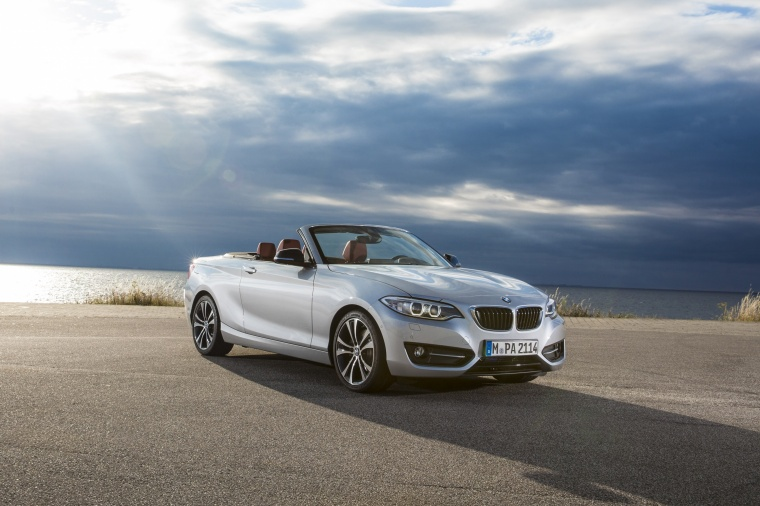 2017 BMW 2-Series Convertible in Glacier Silver Metallic from a front right three-quarter view